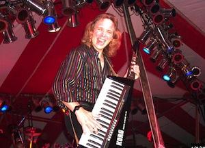 Synthesizer master Jorg Henimann